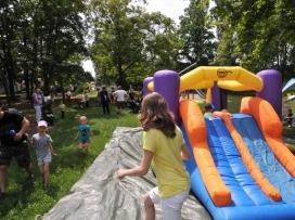 skákací hrad - magnet na děti